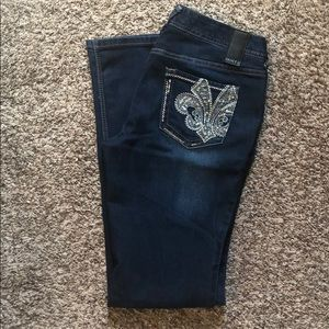 Premium Vanity Sasha Curvy Bootcut Jeans - size 28